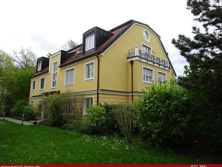 * Wünderschöne neuwertige 3 Zimmer-Wohnung mit großem Balkon - Zentral - Ruhig *