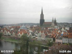 *** HOCHWERTIGE möblierte Wohnung mit Blick auf das Münster und die Donau
