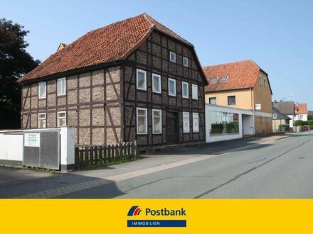 Ehemaliges Schuhhaus – 5 Wohnungen/Laden/Büro, modernes Heizungssystem