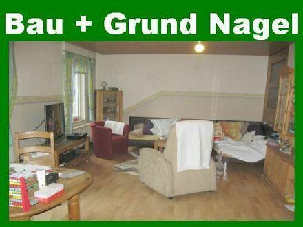 5-Zimmerwohnung mit Garage und Garten im 3-FH in zentrumsnaher Lage. Einbauküche möglich!