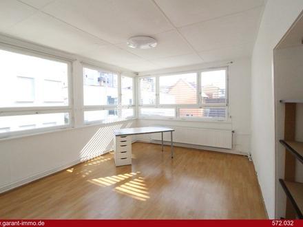 Sonnige Etagenwohnung inkl. Garage und Balkon