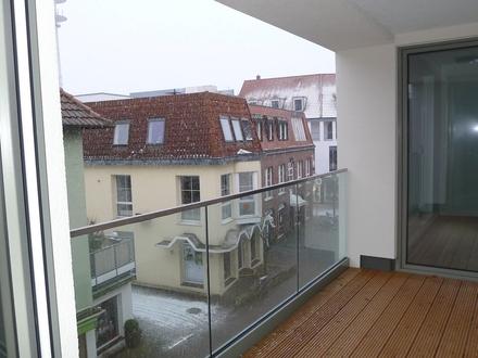 Moderne 2-Zi.-Neubau-Wohnung Parkett, Balkon, Gäste-WC und Fahrstuhl KFW 40 - GT-Zentrum