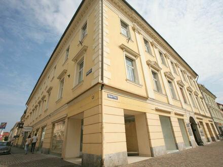 Klagenfurt - Neuer Platz 7: Besonderes Eck-Geschäftslokal in Bestlage