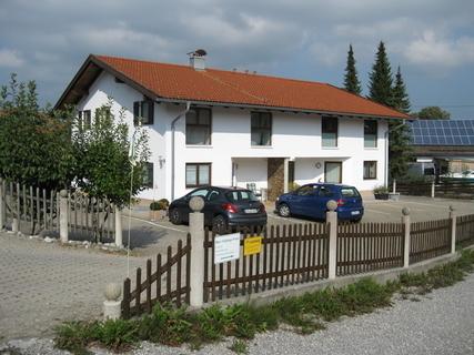 1,5 ZKB 55 m² 178300,- 178.300,- Ortsrandlage, Bj. 2005, exkl. Natursteinboden,...