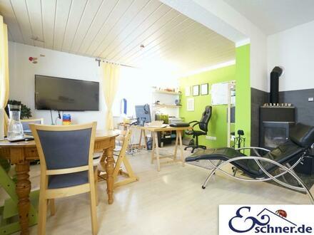 * Ruhig + citynah: Freistehendes Einfamilienhaus mit Relaxgarten und separatem Hobbyraum