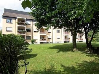 3 ZKB ca. 91 m² 12/19 930,- 149,- zzgl. Stadtbergen, TG, Loggia Bj. 1980,...