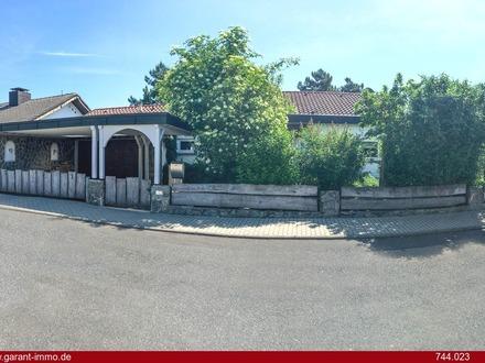 Repräsentative Villa mit viel Platz in ruhiger Aussichtslage