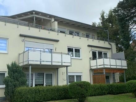 schöne 2-Zimmer Dachgeschosswohnung mit umlaufender Dachterrasse