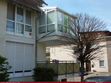 Freie 2 Zimmer-Wohnung mit sonnigem Wintergarten