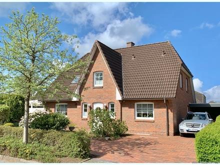 BEZUGSFREI: Komfortables Friesenhaus mit über 250qm Wohn- und Nutzfläche/Vollkeller nahe Husum!