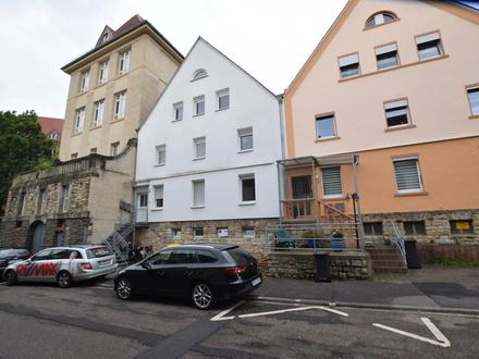 Moderne, top sanierte 4-Zimmer Wohnung