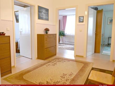 Großzügige 4 Zimmer-Wohnung, WG geeignet! Mit Gartenanteil und Stellplatz!