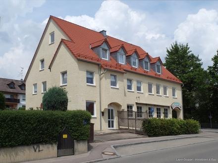 Gewerbeimmobile mit Dreizimmerwohnung Arbeiten und Wohnen unter einem Dach