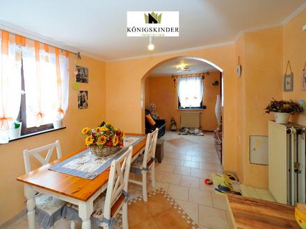 Sonnenbühl: *Freistehendes Einfamilienhaus* mit optimalen Freizeitangeboten, für eine große Familie.