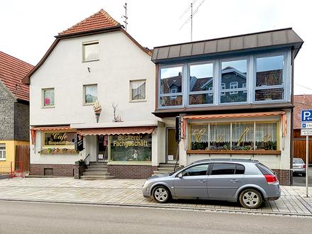 Wohn- und Geschäftshaus in Dorfmitte