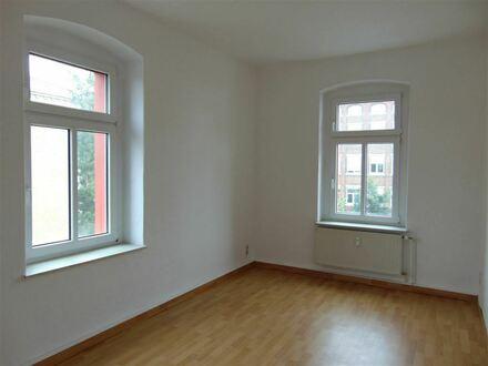 3 Zimmer im 2 OG mit großem Garten - in Limbach-Oberfrohna