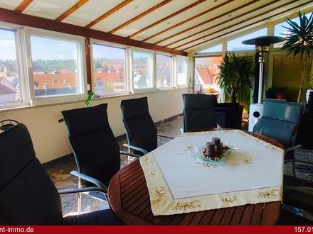 Penthouse-Wohnung mit Loggia und traumhaftem Ausblick über Altbach