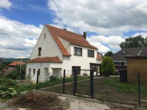 Eigentumswohnung mit Terrasse im Zweifamilienhaus