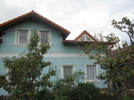 2292 Engelhartsstetten I 2 Einfamilienhäuser mit Garten und Garage