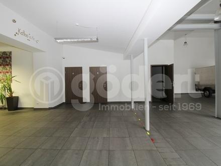 Ausstellungs-, Verkaufs-, Büroflächen an werbeträchtigem Standort!