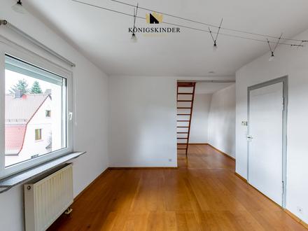 Seltene Gelegenheit: 3-Zimmer-Wohnung erzeugt Maisonettecharakter durch zus. Zimmer im Dachboden