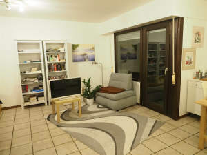 Perfekt geschnittenes Appartement mit Balkon und Blick