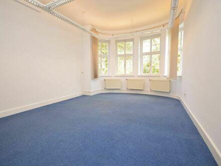 Schöne, große und repräsentative Bürofläche in stilvoller Villa und Toplage von Goslar.