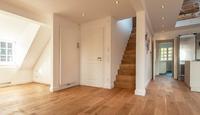 2,5-Zimmer-Wohnung mit Balken und Dachterrasse
