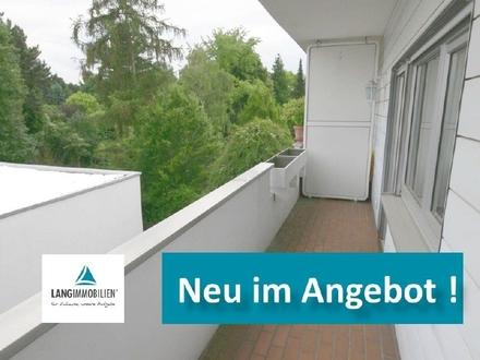 +++ Großer Balkon, Einbauküche, Weisse Wände & Dunkler Fußboden - eine fantastische Kombination! +++