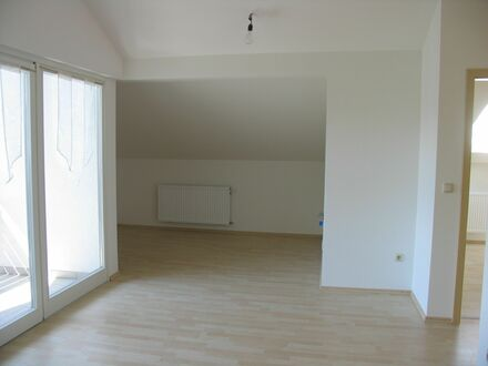 3,5 Zi-DG-Wg - ca. 62 m² moderne helle Ausstattung - ideal f. Single oder Paar