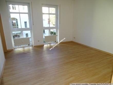 Kleine Wohnung in Siegmar mit Einbauküche und TG