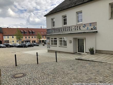 Büro-/ Praxisflächen in zentraler Lage am Marktplatz von Mitterteich!