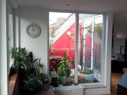 Lindenthal, moderne DG-Wohnung