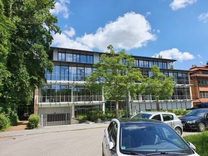 Helle und repräsentative Büroräume in ruhiger, zentraler Lage Haar, auch 400 m² möglich