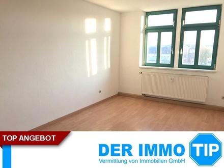 Preiswerte 3 Zimmerwohnung im Dachgeschoss ++ Altendorf