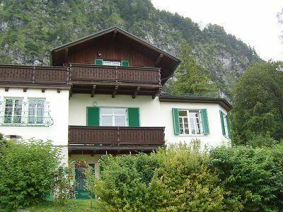 Rarität!Traumhafte Lage direkt am See, 120 m² Wohnung St. Gilgen, mit Badesteg und Garten