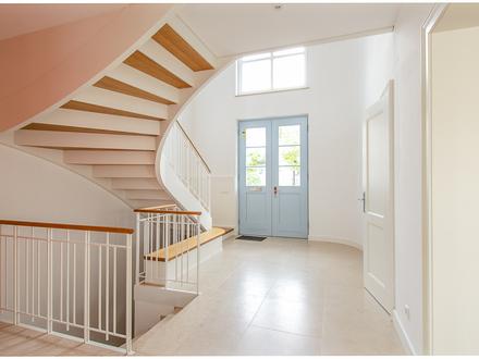 Neubau Villa mit stilvoller und edler Ausstattung in ruhiger Anliegerstraße von Plieningen