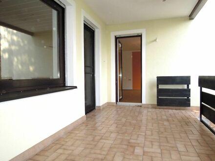 S O F O R T - freie 1 0 5 qm GARTEN Wohnung + herrlicher TERRASSEN- LOGGIA in BESTER Nachbarschaft