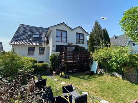 Sonnige Terrassenwohnung mit Gartenanteil über zwei Wohnebenen in BS-Schapen!