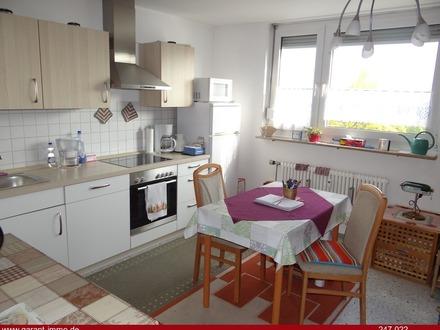 2 Zimmer-Wohnung mit Süd-/Westbalkon und Tiefgaragenstellplatz