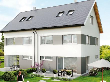 Neuwertiges und geräumiges Doppelhaus mit Südgarten