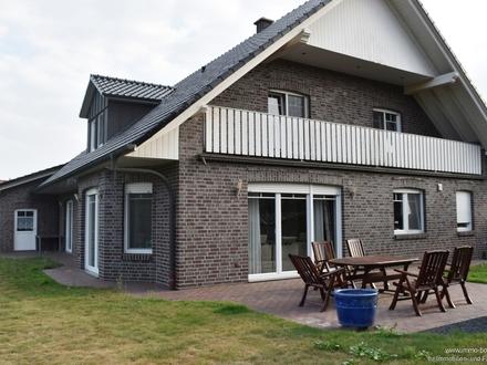Stilvolles Einfamilienhaus mit Einliegerwohnung!