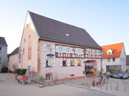 Ihre Chance - NEU saniertes Restaurant mit Biergarten (TOP Lage am Marktplatz)