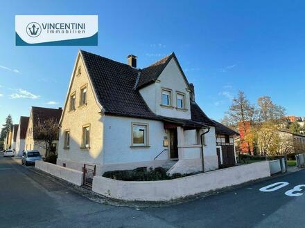 Für Handwerker geeignet: Einfamilienhaus in Baunach mit Nebengebäude in ruhiger Wohnlage