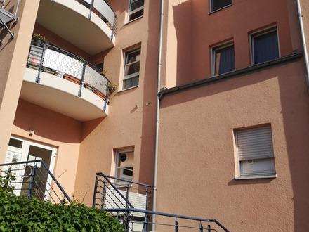 Tolle, moderne und zentrale Wohnung im 1. Obergeschoss