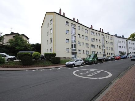 Bezaubernde 3-Zimmer Wohnung in zentraler Lage sucht Sie!