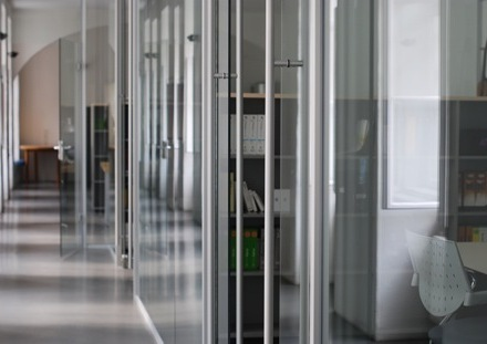Modernes Loftbüro zur Untermiete in Wien 6