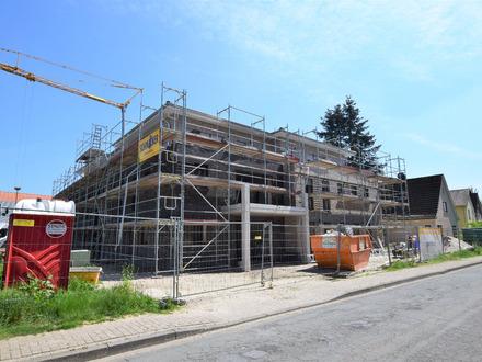 Neubau/Erstbezug: 3-Zimmer Dachgeschosswohnung mit Balkon