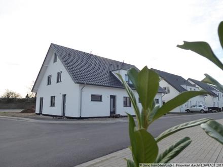 Attraktiver Neubau mit Solaranlage im beliebten Bielefeld Babenhausen
