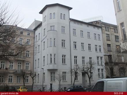 *** Altbauwohnung im Herzen von Berlin-Mitte! ***